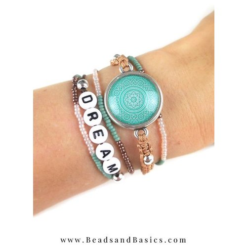 Macramé Button Bracelet