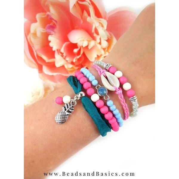 Ibiza Bracelet with Magnetic Closure
