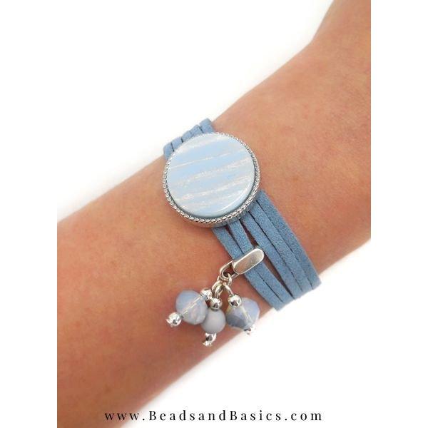 Make A Bracelet Of Suede Folders With Slider - Blue