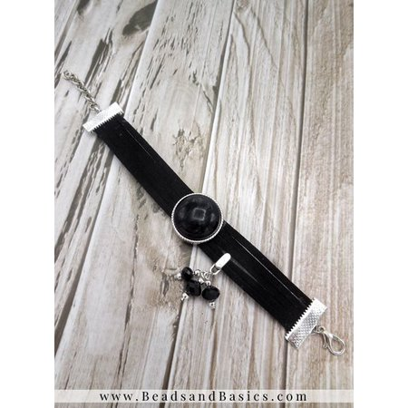 Make A Bracelet Of Suede Folders With Slider - Black