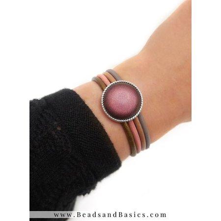 Bracelet With 4 Colors leatherAnd Mesh Closure
