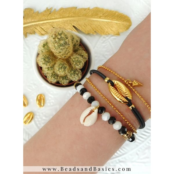 Minimalistische Armbanden Set Met Schelp Kralen   - Goud, Zwart Met Wit