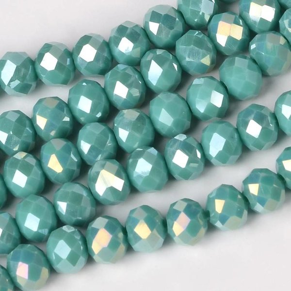 Faceted Glassbeads Mermaid Green Shine 8x6mm, 10 pieces