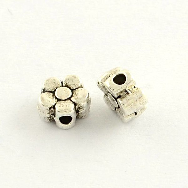 Flower Beads Silver 5mm, 20 pieces