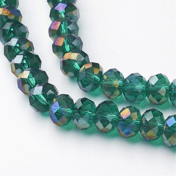 Faceted Glassbeads Dark Green Shine 8x6mm, 30 pieces