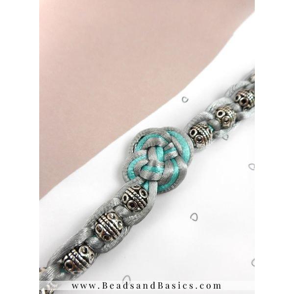 Oneindige Knoop Oorbellen En Armband Maken