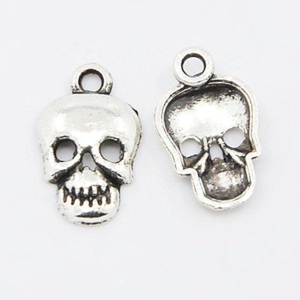Skull Charm Silver 16x10mm, 6 pieces
