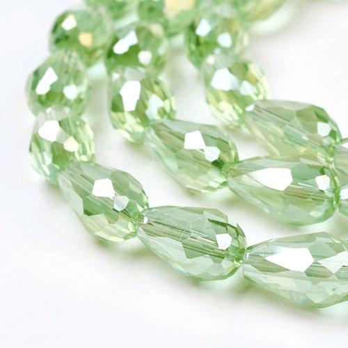 10 stuks Druppelkralen Shine 15x10mm Licht Groen
