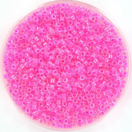 Miyuki Delica's Luminous Wild Strawberry, 5 grams