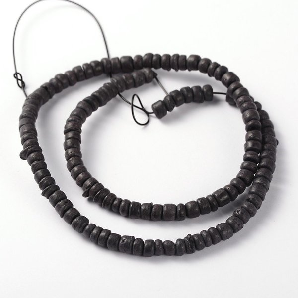 Strand 39cm Natural Coconut Beads Black 5x2-5mm