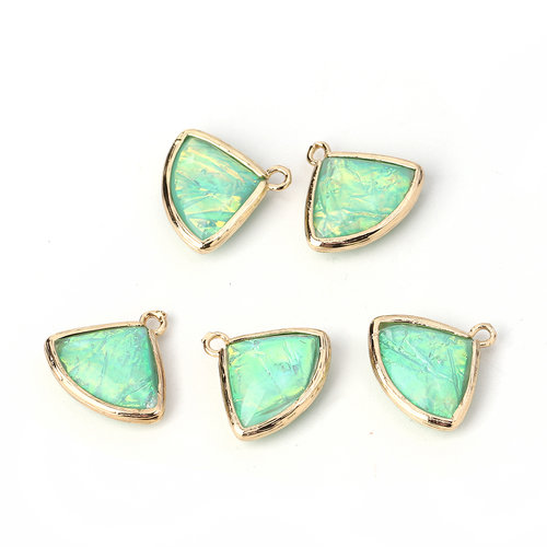 3 pieces Fan Charms Green 19x18mm