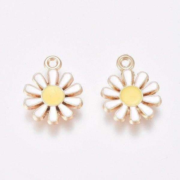 Daisy Charm Gold White Yellow 15x11.5mm