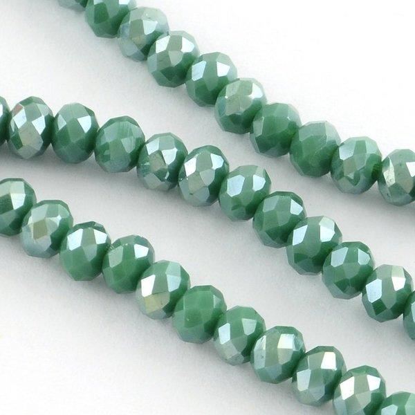 30 stuks Facet Glaskralen Donker Groen Shine 8x6mm