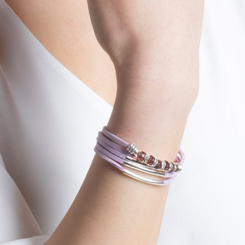 How To Make a Faux Suede Bracelet With Tube Beads