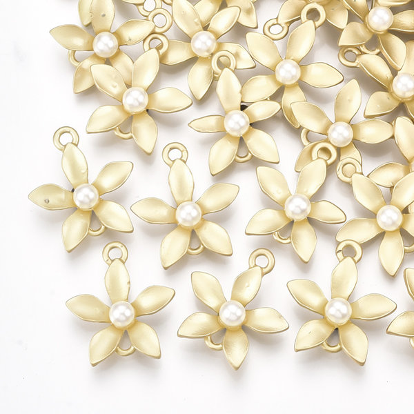 Flower Connector with Pearl Golden 19x17