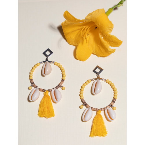 How To Make Hoop Earrings with Shells and Coconut Beads