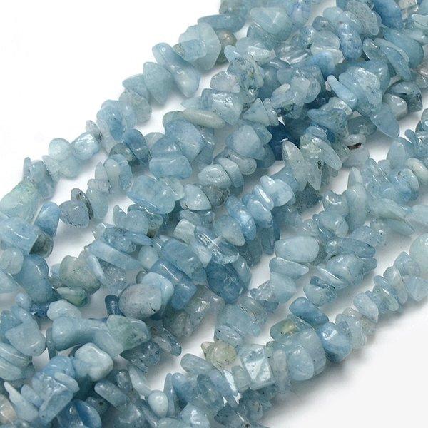 Natural Aquamarine Chips 5~14x4~10mm, strand 40cm circa 110 pieces