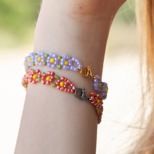 How To Make A Flower Beadwork Bracelet With Seed beads