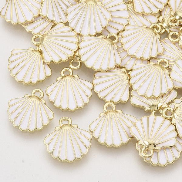 Shell Charm Gold White 13x13mm