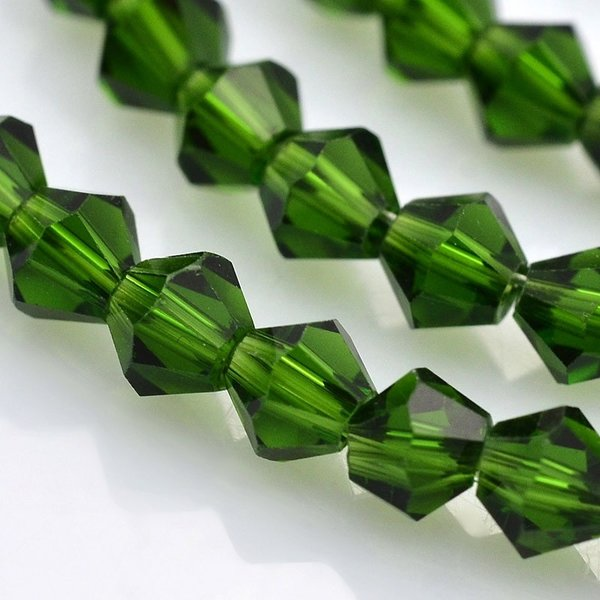 Faceted Glassbeads Bicone Green 4mm, 90 pieces
