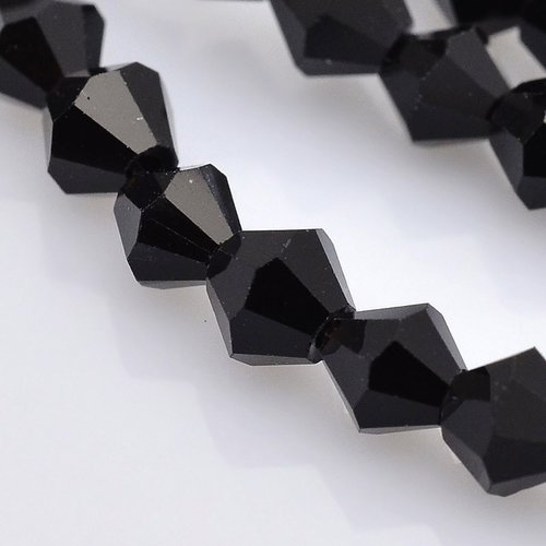 90 stuks Facetkralen Bicone Zwart 4mm