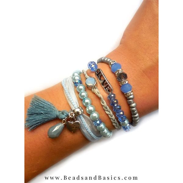 Blue Bracelet With Magnetic closure
