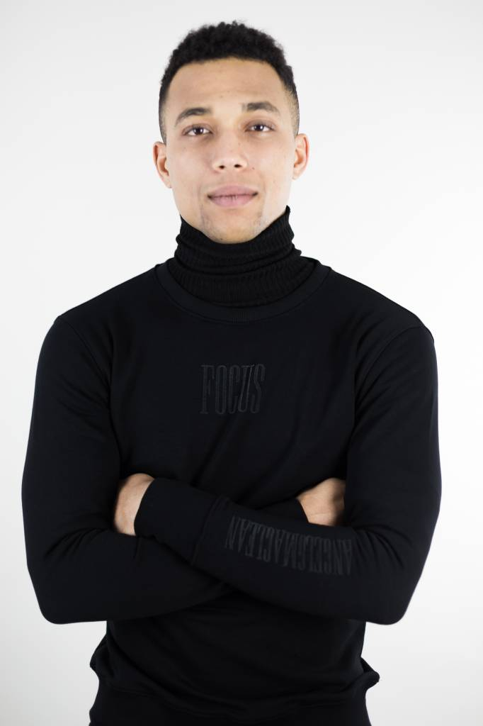 Focus Sweater | Black