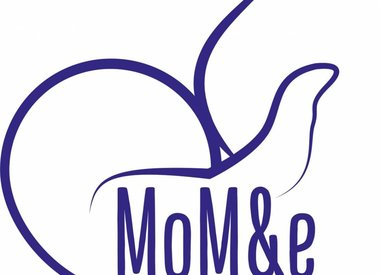 MoM&e