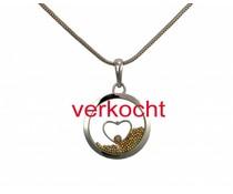 witgouden hanger en ketting