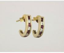 gouden oorstekers met robijn & zirkonia