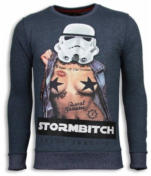 Local Fanatic Stormbitch  Rhinestone Sweater - Tjocktröja Herr - 5911B - Blå