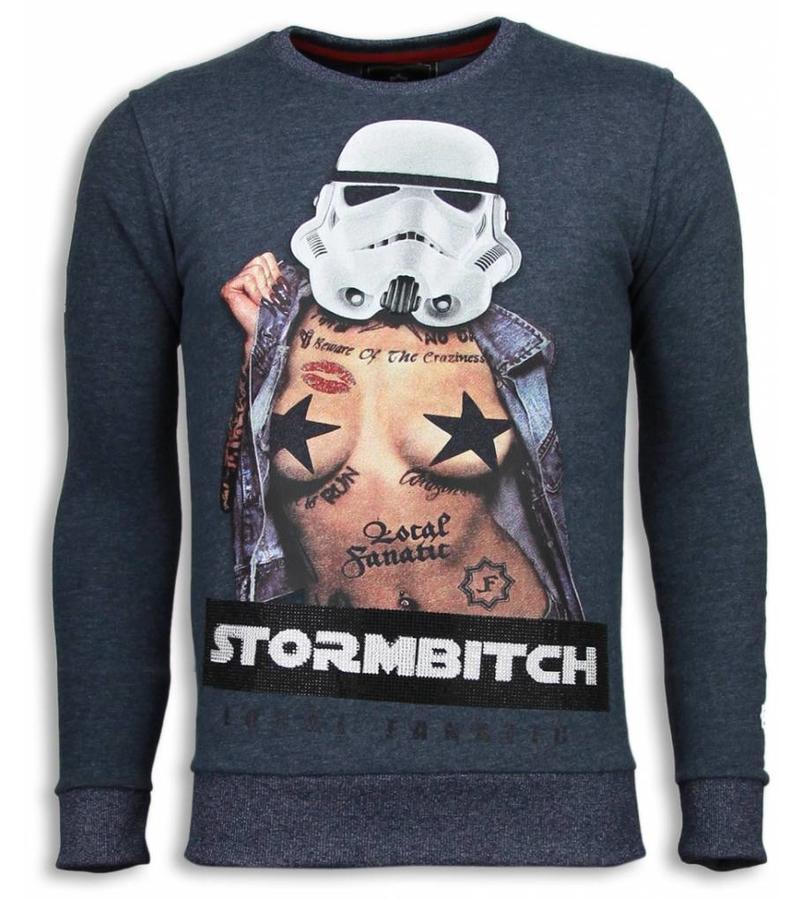 Local Fanatic Stormbitch  Rhinestone Sweater - Tjocktröja Herr - 5911B - Blå