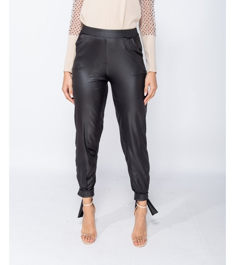 PARISIAN Wet Look binda upp Hem Tapered Trousers - kvinnor - Svart