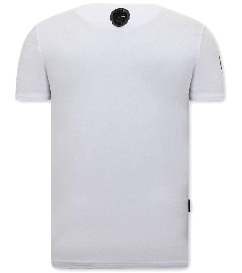 Local Fanatic  T Shirt Med Tryck Loaded Gun  - Vit