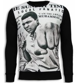 Local Fanatic Muhammad Ali Newspaper Sweater - Tröja Herr - 5787Z - Svart