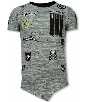 Local Fanatic Longfit Asymmetrische Stickerei - T-Shirt Patches - US Army - Grün
