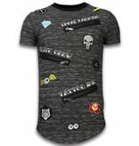 Local Fanatic Longfit Asymmetrische Stickerei - T-Shirt Patches - Elite Crew - Schwarz