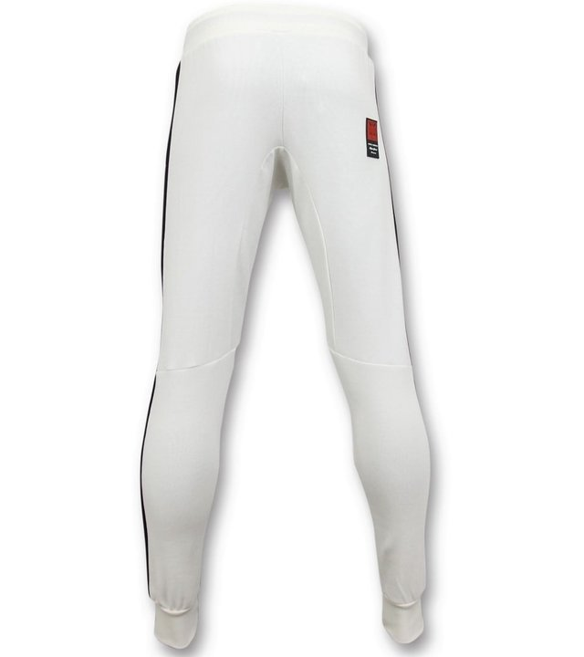 Local Fanatic Exklusive Trainingshose Männer - McGregor Notorious Sweatpants - Weiß