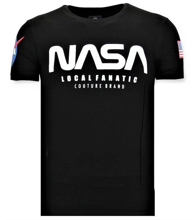 Local Fanatic Bedrucktes T-Shirt Herren - NASA American Flag - Schwarz