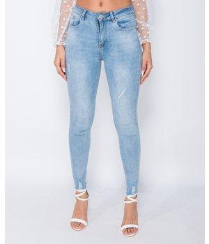 PARISIAN Ausgefranste Ränder mittlere Taillen-dünne Jeans - Frauen - Blau