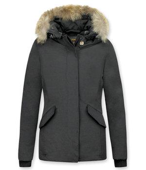 Beluomo Jacken mit Fellkragen - Winterjacken Damen Kurze - Kleine Pelzkragen - Wooly - Schwarz