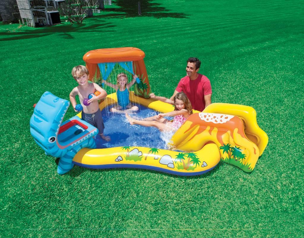 Een Intex opblaasbaar zwembad, leuk voor de zomer
