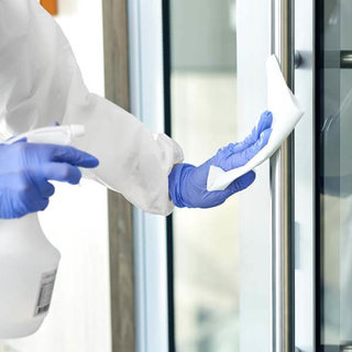 Non-woven siliconenvrije microvezeldoeken