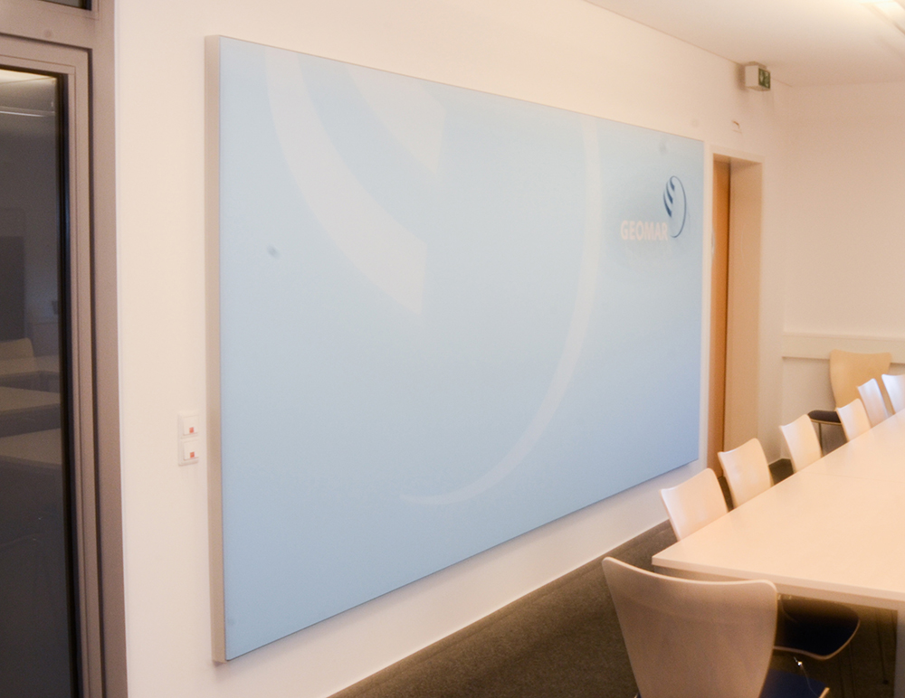 Lärm in Räumen reduzieren mit Akustikbildern