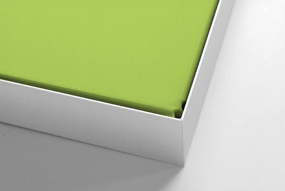 Akustikpaneel  für Beamerprojektion silberner Rahmen, Format 4:3