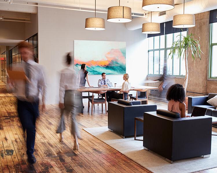Moderne Büroarbeit: Kommunikationsräume gestalten