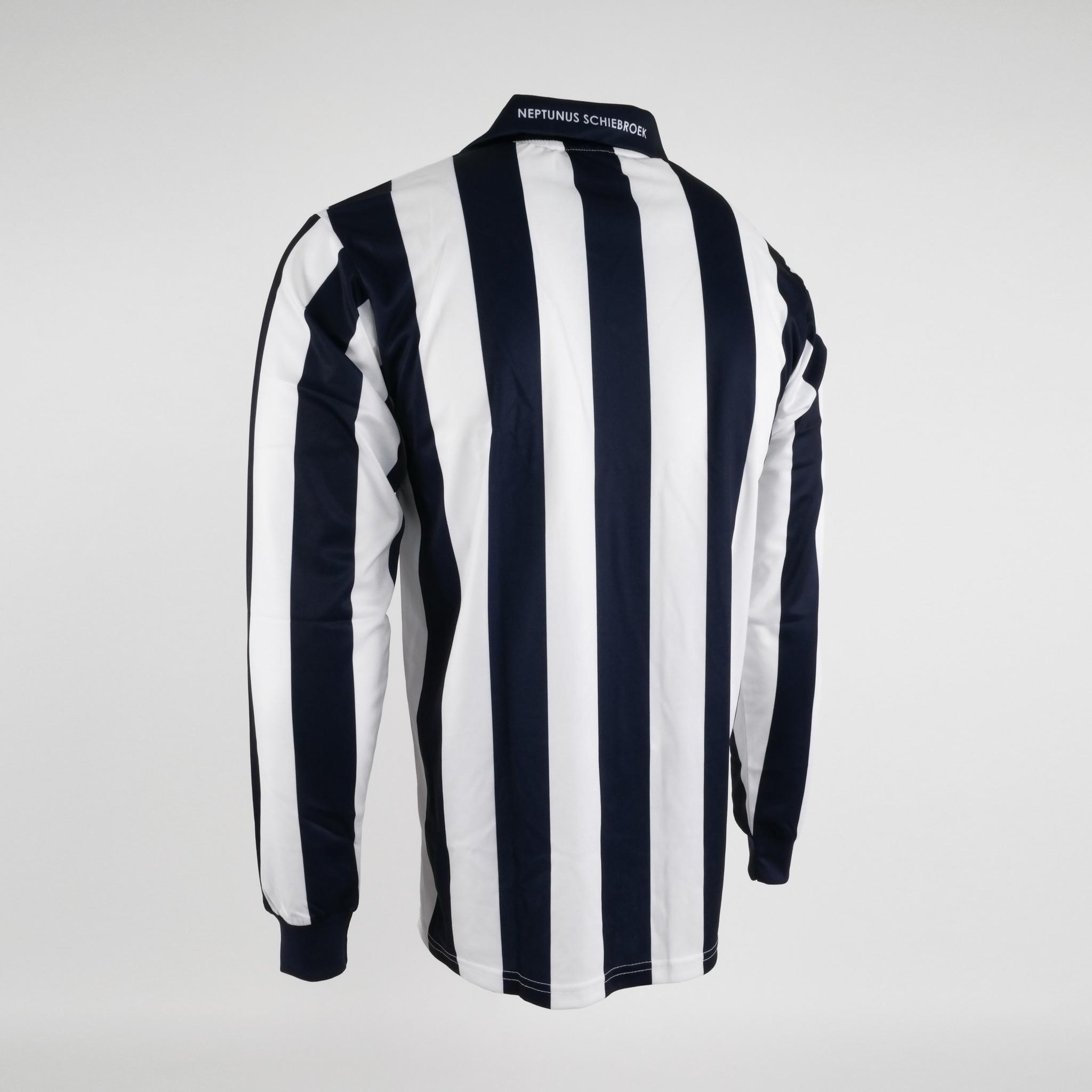 Klupp MAAT Neptunus shirt thuis