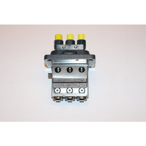 Kubota Einspritzpumpe NEU Kubota D1703+D1803 Motor