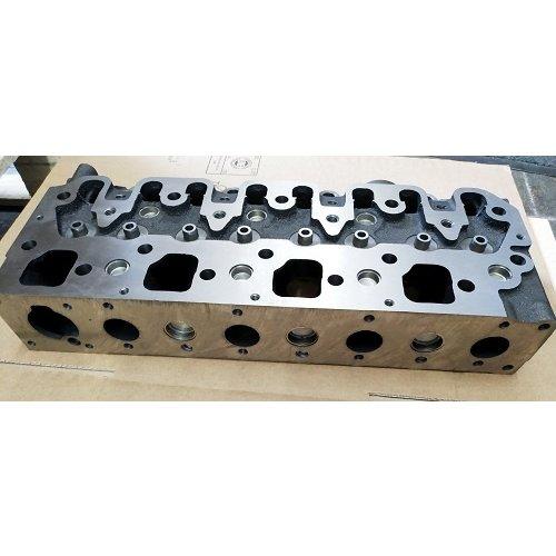 Kubota Zylinderkopf NEU für Kubota V2403-T Motor