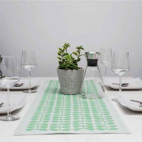 Ekelund Table Runner Grodd